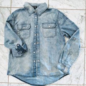 Chambray Snap button shirt